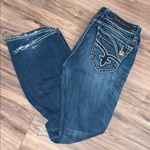 ⚜️⚜️ Rock Revival Jeans⚜️⚜️